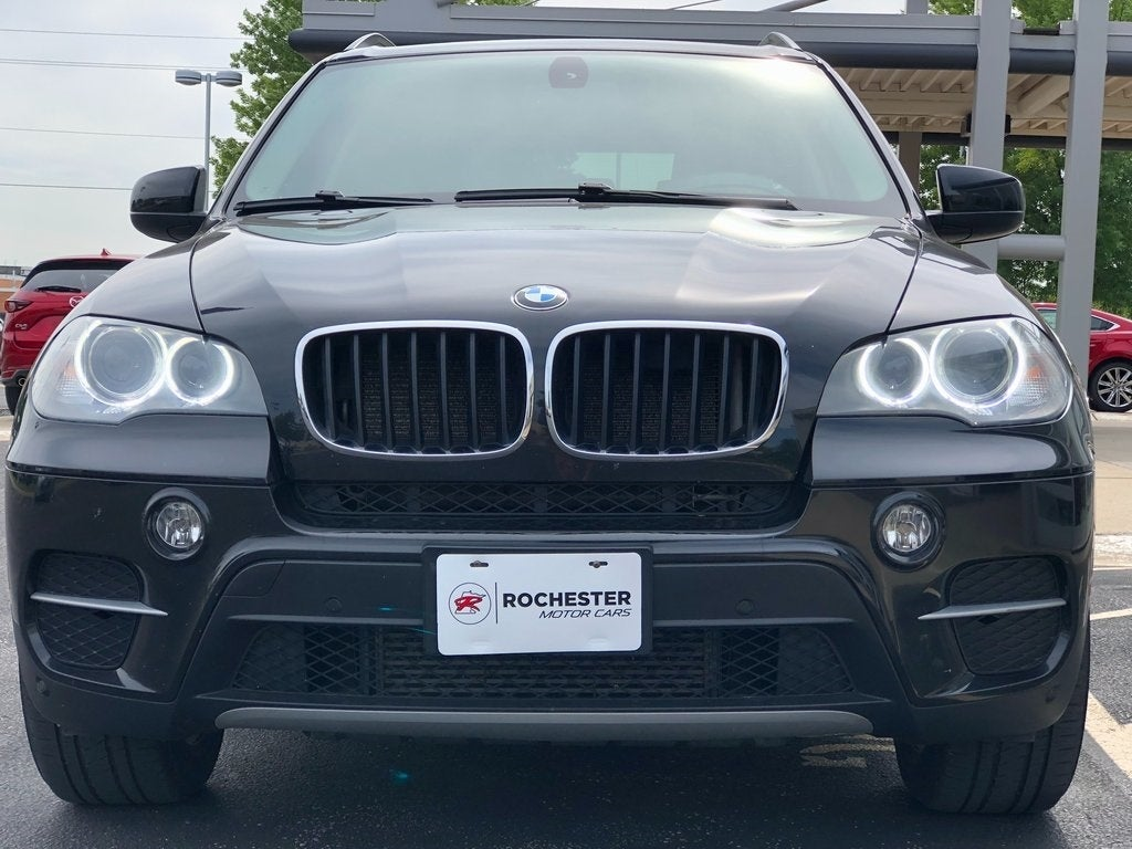 Used 2013 BMW X5 xDrive35i Sport Activity with VIN 5UXZV4C51DL994250 for sale in Rochester, Minnesota